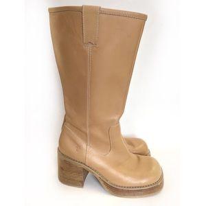 Frye Dorian Leather Platform Heel Boots 90s Style
